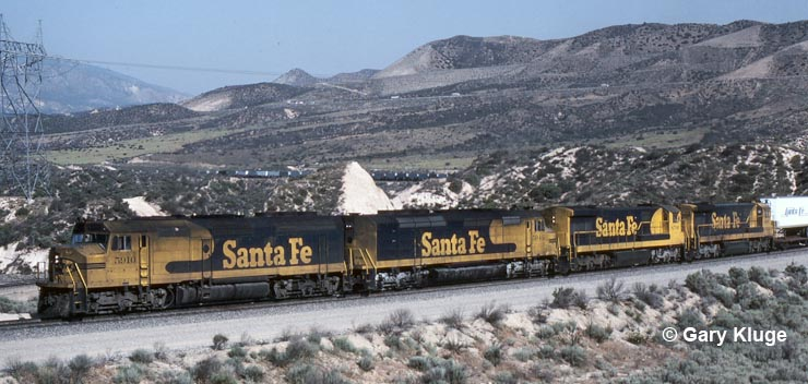 ATSF 5910 on Cajon Pass