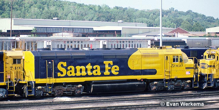 Santa Fe 5960 in storage at Argentine Yard