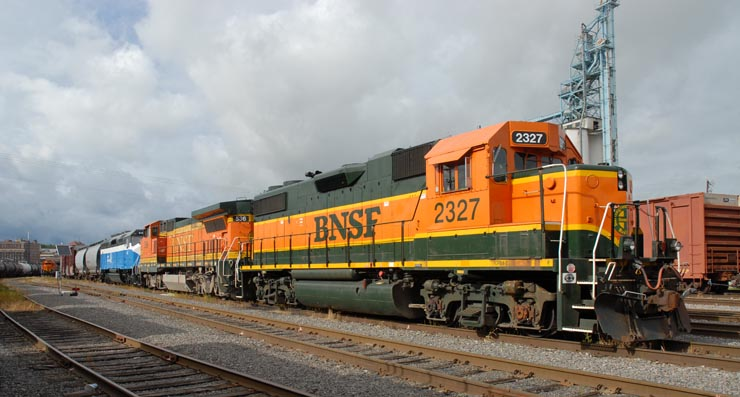 GN 441 gets switched at Burlington, Iowa