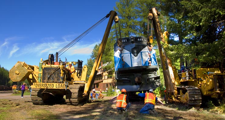 GN 441 is lifted onto its track